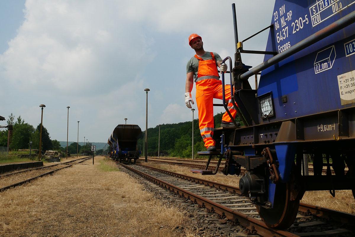 Ausbildung zum Rangierbegleiter bei der Norddeutschen Eisenbahnfachschule